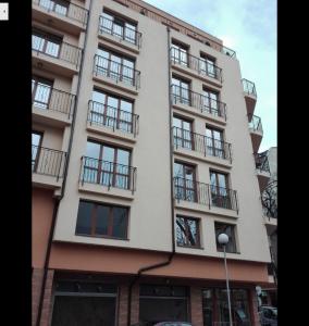 Screenshot_2018-08-01 жилищна сграда райко жинзифов - Google Търсене